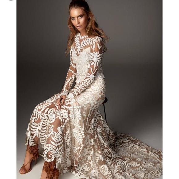 Wedding Dress Preservation Uv Protected: Avril Wedding Dress Size 12